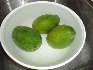تجميد الخضروات والفواكه Mangoes_wash