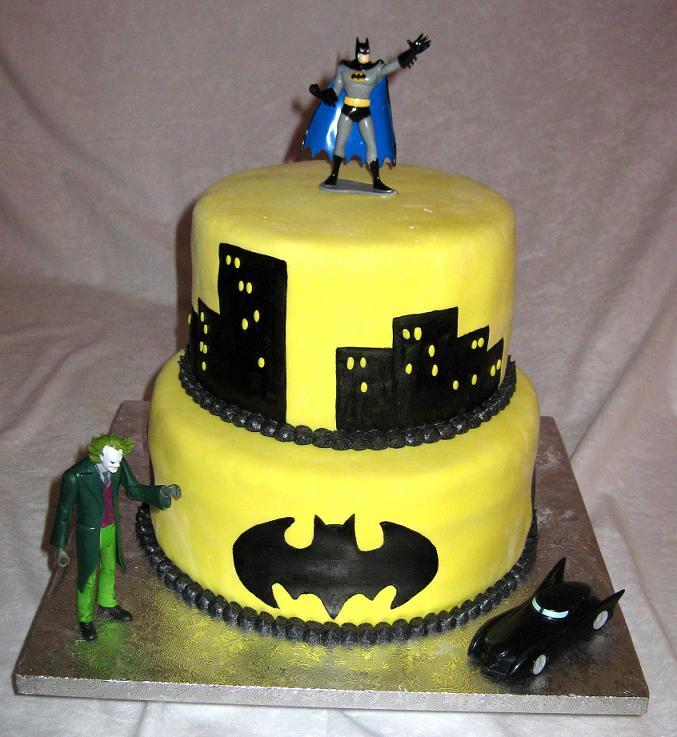 Ajándékozzunk! Large-batman-cake