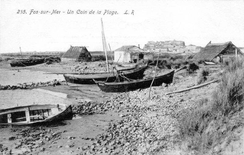 Villes et villages en cartes postales anciennes .. - Page 35 Fos_sur_mer_cabanes