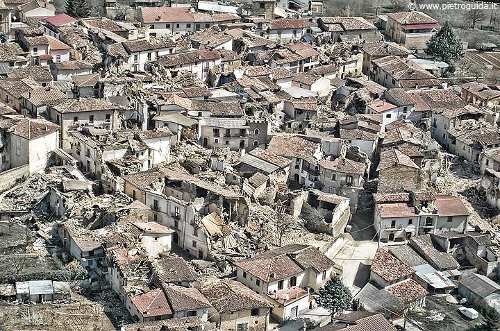 Terremoto dell'Aquila 8 anni dopo 001