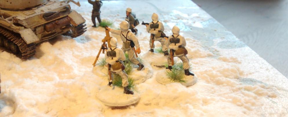 Sturmtigers Mannen - Seite 13 Panzer-grenadier-regiment-103-bemalung-31