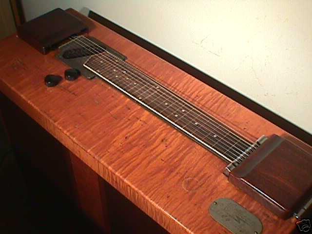 Modeles Gibson lap steel Gibson_Conole-Electraharp-1941-4