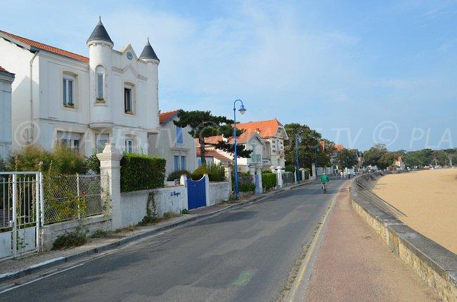 FOURAS en Charente Maritime Plage-nord-fouras-maisons
