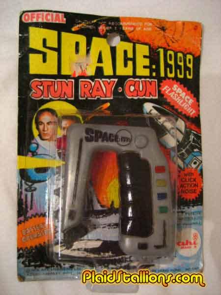 Space 1999 on Blu ray!!! 1999pistol