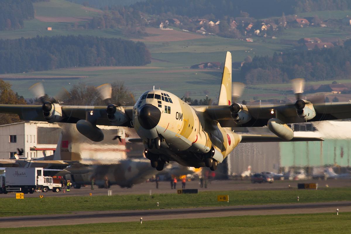 FRA: Photos d'avions de transport - Page 20 26