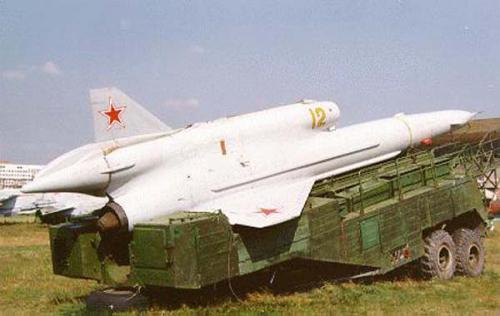 الطائره السوفييتيه المسيره Tupolev Tu-143 REJS Tu243
