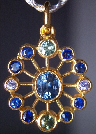 nakit -ukras ili umetnost - Page 2 Blue%20sapp.%20SANI%20Talisman%2018KY