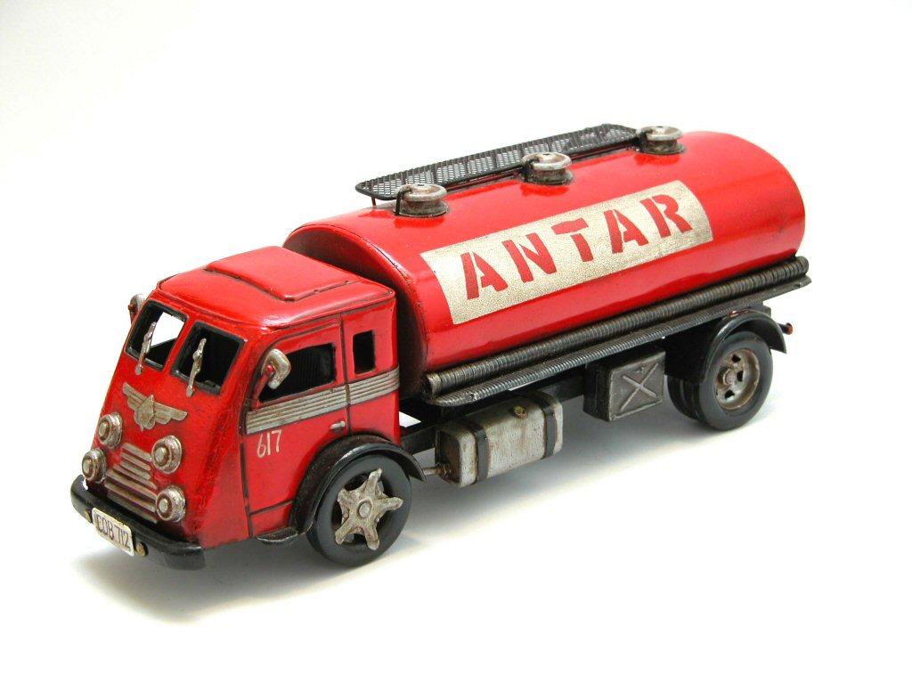 Interwar European cars and trucks in 1:24-5? Q7154-1