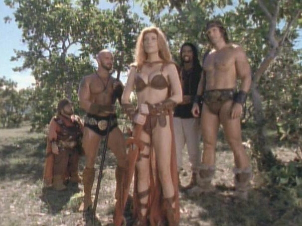 Women Wearing Revealing Warrior Outfits - Page 5 Actorsangelicabridgesgconan05