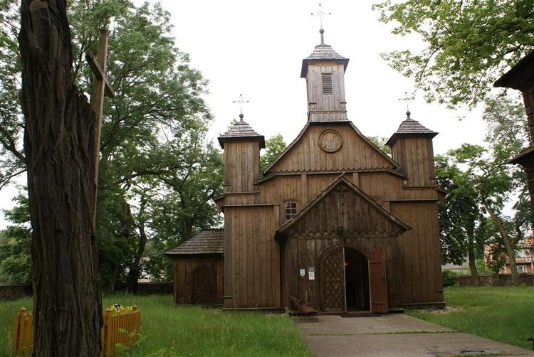 Drewniany kościół. 281948