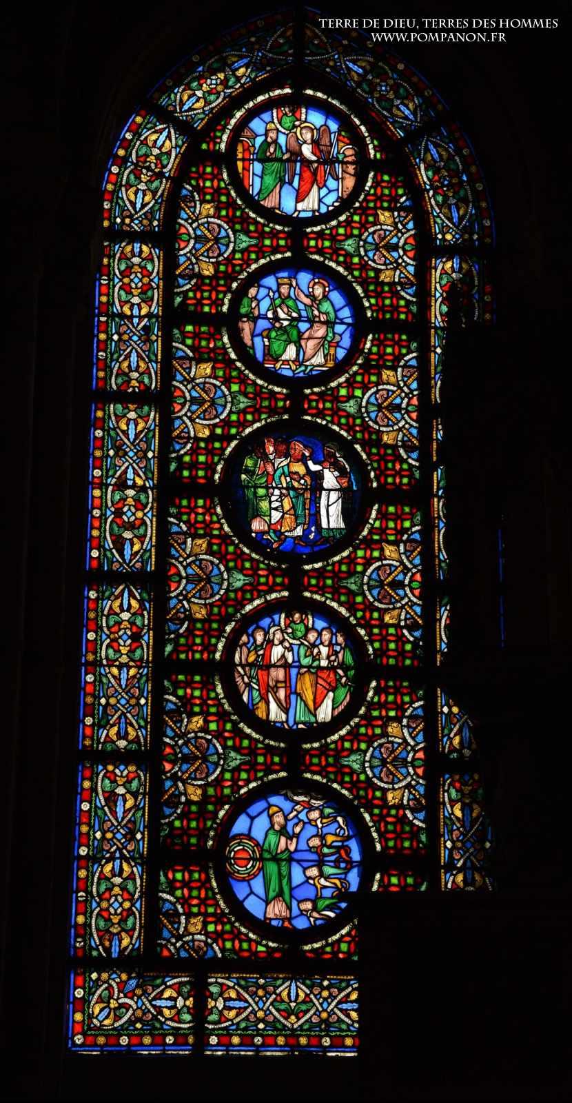 Les vitraux  du XIIIéme siècle . 5043eefc9dd25