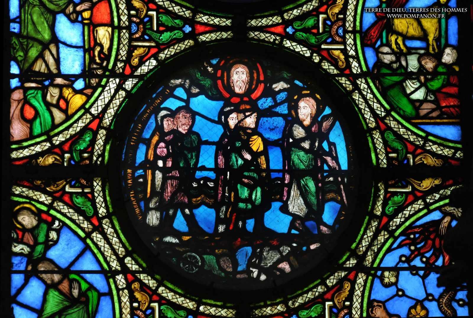Les vitraux  du XIIIéme siècle . 5043eefca928e