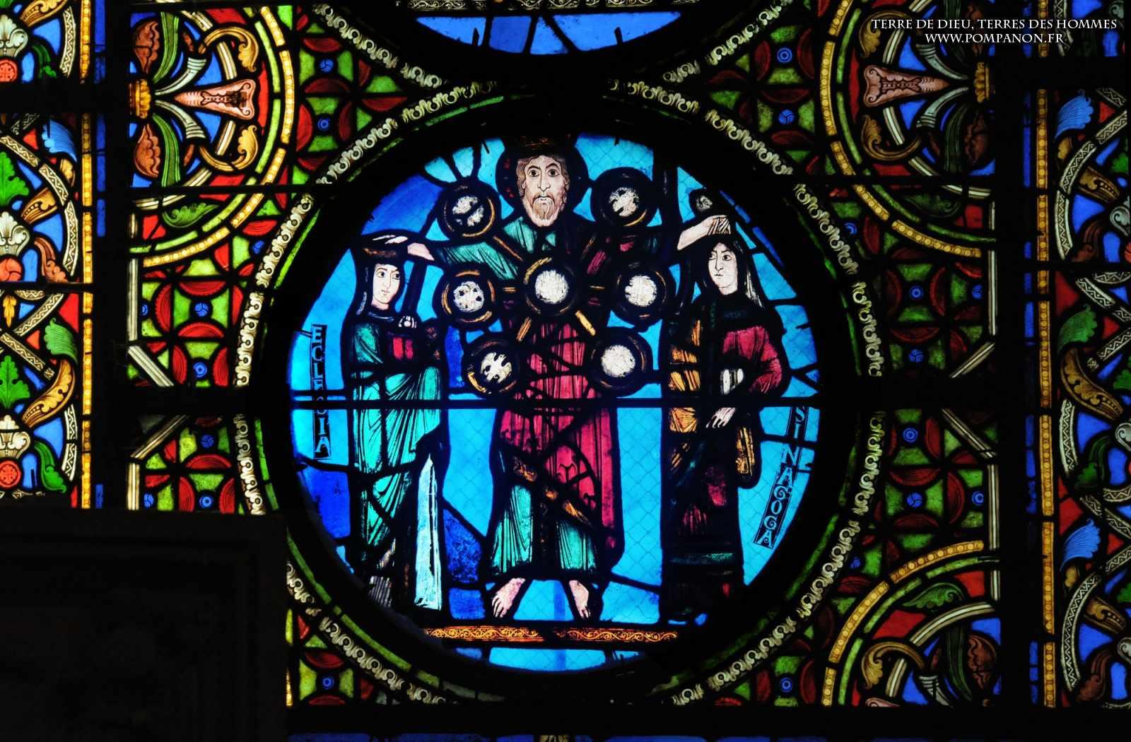 Les vitraux  du XIIIéme siècle . 5043eefcc2a4b