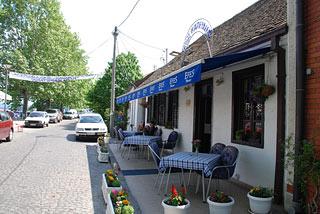 Na Dunavu se uživa Restoran-kod-kapetana-02
