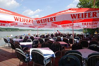 Na Dunavu se uživa Restoran-kod-kapetana-11
