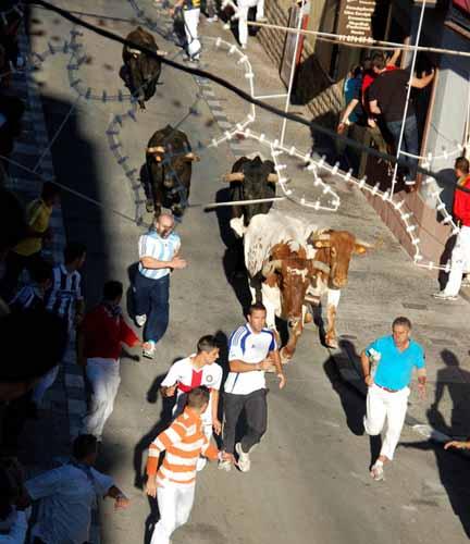 Videos  y fotos de nuestros lugares de origen o residencia - Página 2 Tercer-dia-encierros-arganda-2011