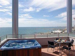 5(Noelle Place) Hotel-balcony-03