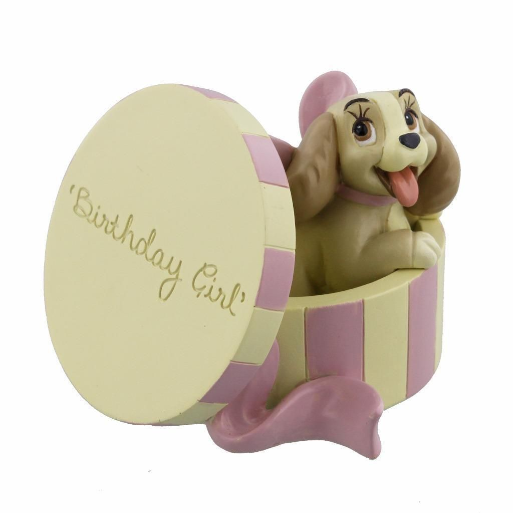 Les suspensions Disney (Disney Store, Disney Parks) - Page 12 Disney-magical-moments-colletable-figure-lady-and-the-tramp-birthday-girl-lady-in-hat-box-gift-2206-p