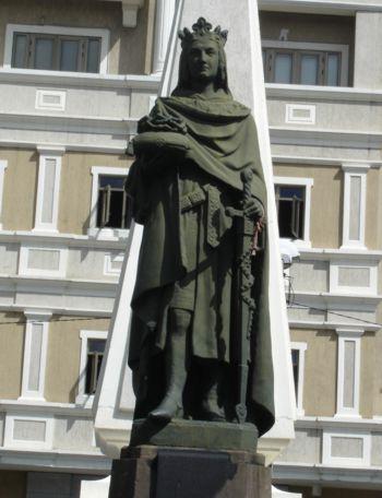 Livre I - Oeuvre au Noir - page 4 - Jupiter Statue_saintlouis