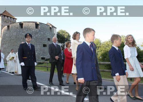 Casa de Liechtenstein - Página 3 PPE09081540