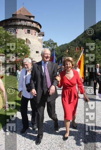 Casa de Liechtenstein - Página 3 PPE09081556