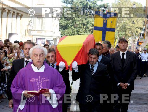 Los Borbón-Parma - Página 5 PPE10082844