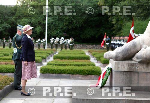 Margarita y Enrique de Dinamarca - Página 21 PPE13082943