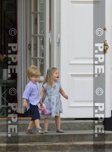Margarita y Enrique de Dinamarca - Página 21 PPE130726318