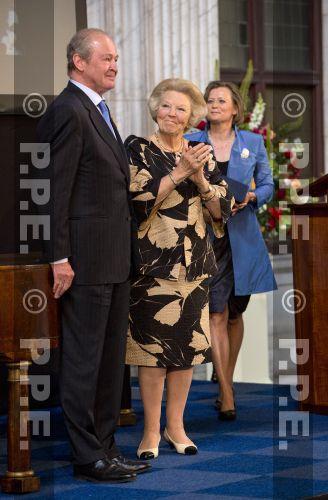 Princesa Beatrix Wilhelmina Armgard van Oranje-Nassau PPE13061834