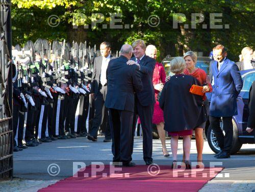 Sonja Haraldsen. Reina de Noruega - Página 11 PPE13100218