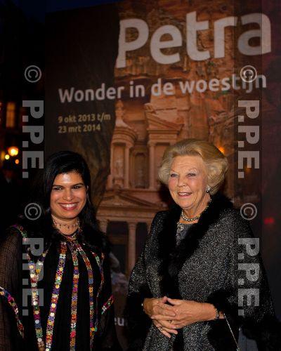 Princesa Beatrix Wilhelmina Armgard van Oranje-Nassau PPE13100860