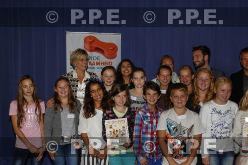 La reina Beatrix y su familia - Página 4 PPE13101005