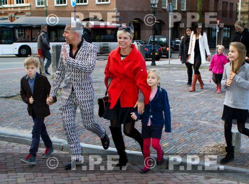 La reina Beatrix y su familia - Página 4 PPE13103029