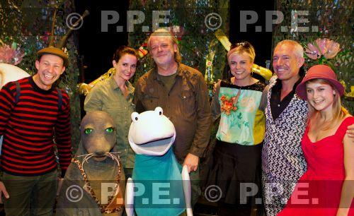 La reina Beatrix y su familia - Página 4 PPE13103042