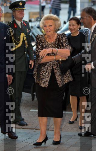 Princesa Beatrix Wilhelmina Armgard van Oranje-Nassau PPE13090543