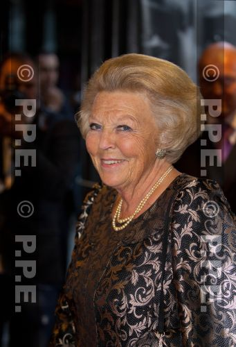 Princesa Beatrix Wilhelmina Armgard van Oranje-Nassau PPE13090546