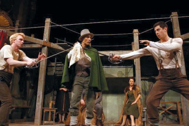 Pozoriste sada i  nekada - Page 2 Glob-teatar-hamlet-za-ceo-svet-755749-velika