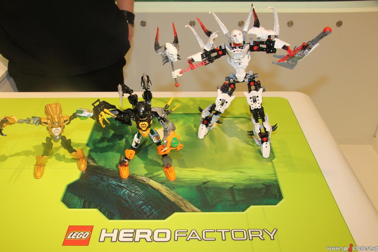 [Sets] Hero Factory 2011 : Vague 2 déjà révélée ? - Page 7 Hero_Factory_Nuremberg