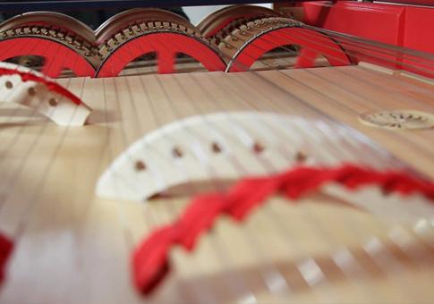Viola Organista - Instrumento musical sai do papel 500 anos depois Davinci2