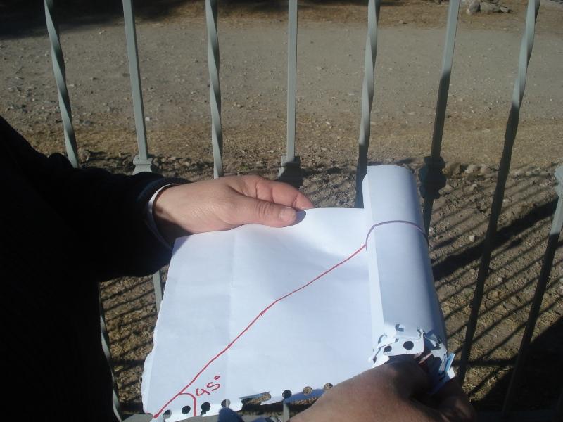 Calculando distancias CON DOS HOJAS DE PAPEL !! (abusivo, vergonzoso, impresionante) DSC004631