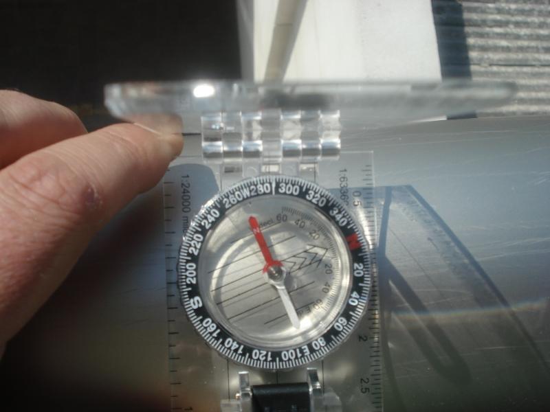 Cómo medir ANGULOS con las brújulas (oh! si, hay lensáticas y de base... todas!) DSC004751