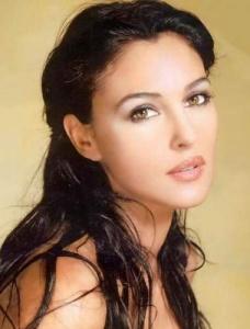 Monica Bellucci 5896_Monica%20Bellucci