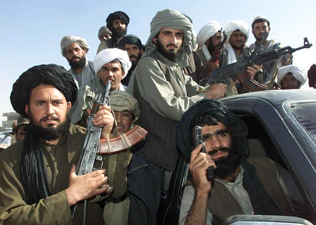 Française s'adressant aux Afghan - Page 8 Taliban