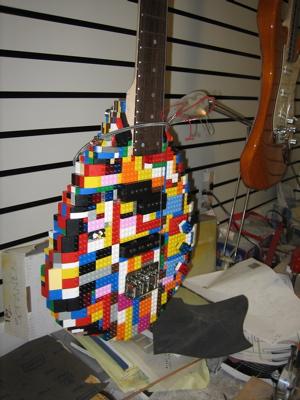Lego para baixistas ... Legobass-1
