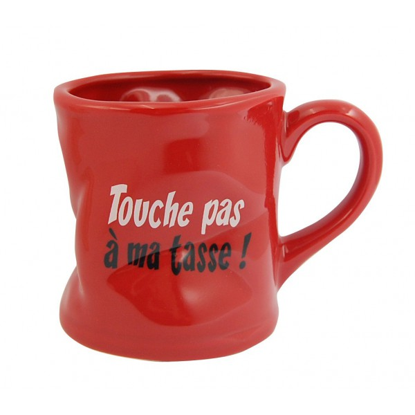 TASSES DE CAFE - Page 39 Mug-touche-pas-a-ma-tasse-mug-rouge-humoristique-en-ceramique-deforme