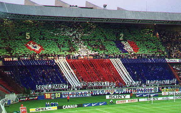 Photos 00-01_PSG_Bastia_tifo_30ans