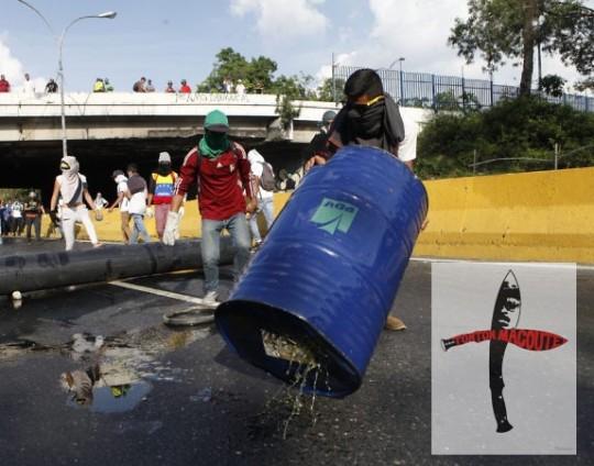 17M - Dictadura de Nicolas Maduro - Página 2 Guarimbas-4-e1493223707843-540x424