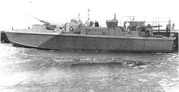 Vedettes lance-torpilles PT-BOATS (Pacifique) - Page 3 Pt174-T