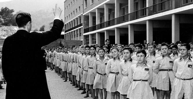 Abusos sexuales, malos tratos y explotación: Los internados de la dictadura y el posfranquismo 5751d01fbc407.r_1465466927346.0-51-1416-781