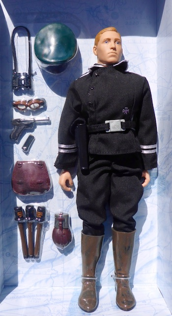 2000 Foreign Soldiers Collection: German Panzer Tank Sergeant-Major German4